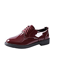 abordables -Femme Chaussures Polyuréthane Printemps Automne Confort Ballerines Talon Plat pour De plein air Noir Vin