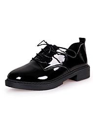 Недорогие -Жен. Обувь Полиуретан Зима Удобная обувь Ботинки Высокий каблук Круглый носок Сапоги до середины икры для на открытом воздухе Белый