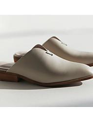 preiswerte -Damen Schuhe Leder Nappaleder Frühling Sommer Komfort Cloggs & Pantoletten Blockabsatz für Normal Mandelfarben