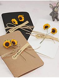 baratos -Dobrados Convites de casamento 1conjunto - Amostra de convite Estilo Artístico Estilo vintage Papel puro