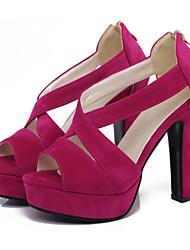 preiswerte -Damen Schuhe Nubukleder Frühling / Sommer Komfort / Neuheit Sandalen Blockabsatz Peep Toe Schnalle Schwarz / Fuchsia / Mandelfarben