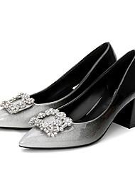 preiswerte -Damen Schuhe Lackleder Frühling Herbst Pumps High Heels Blockabsatz Spitze Zehe Strass für Normal Schwarz und Silbern Schwarz/Rot