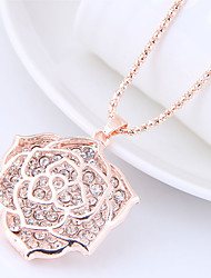 cheap -Women's Floral Flower Rhinestone Pendant Necklace  -  Floral Fashion Sweet Gold Necklace For Causal
