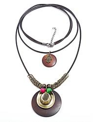 女性用 円形 形状 ヴィンテージ ステートメントジュエリー ファッション レイヤードネックレス , 木製 ストラップ 合金 レイヤードネックレス ストリート デート コスチュームジュエリー