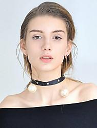 abordables -Mujer Perla Largo Pendientes con clip - Chapado en Oro Dulce, Moda Blanco Para Fiesta / Noche / Regalo