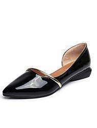 Недорогие -Жен. Обувь Полиуретан Лето Удобная обувь На плокой подошве Для прогулок На плоской подошве Квадратный носок для Повседневные Белый Черный