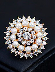 cheap -Women's Floral Rhinestone Pearl Brooches - Floral / Fashion / European Geometric Gold / Silver Brooch For Wedding / Daily