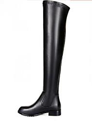 baratos -Mulheres Sapatos Pele Inverno Conforto / Botas da Moda Botas Sem Salto Botas Acima do Joelho Preto