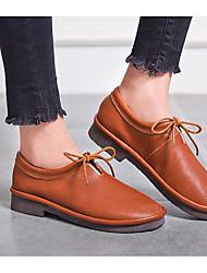 baratos -Mulheres Sapatos Pele Napa / Pele Primavera / Outono Conforto Oxfords Salto Baixo Preto / Amêndoa / Castanho Claro