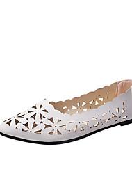 cheap -Women's Shoes PU(Polyurethane) Spring / Summer Comfort / Basic Pump / Transparent Shoes Sandals Chunky Heel Open Toe Buckle White / Black