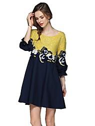 Недорогие -Жен. Очаровательный Классический А-силуэт Рубашка Платье - Однотонный, Вышивка Выше колена