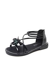 preiswerte -Damen Schuhe PU Sommer Slouch Stiefel / Komfort Sandalen Walking Flacher Absatz Offene Spitze Geflochtene Riemchen für Weiß / Schwarz