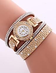 Недорогие -Жен. Модные часы Китайский Имитация Алмазный PU Группа На каждый день / Мода Черный / Белый / Синий / Один год
