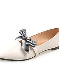 Недорогие -Жен. Обувь Полиуретан Лето Удобная обувь На плокой подошве Для прогулок На плоской подошве Заостренный носок Черный / Бежевый