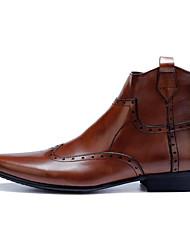 baratos -Homens sapatos Pele Napa / Pele Inverno Conforto / Coturnos Botas Botas Curtas / Ankle Preto / Marron