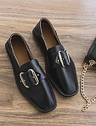 baratos -Mulheres Sapatos Couro Ecológico Primavera Verão Conforto Rasos Sem Salto para Ao ar livre Branco / Preto / Rosa claro