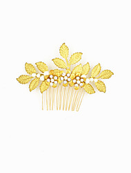 cheap -Alloy Hair Combs with Crystals / Rhinestones 1 Piece Wedding / Party / Evening Headpiece