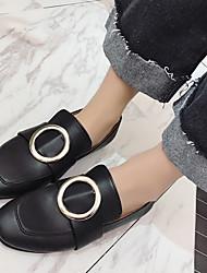 お買い得  -女性用 靴 PUレザー 春 コンフォートシューズ ローファー&スリップアドオン フラットヒール のために アウトドア ホワイト / ブラック
