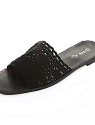 Недорогие -Жен. Обувь Кружева Лето Удобная обувь Тапочки и Шлепанцы На плоской подошве Круглый носок Черный / Бежевый