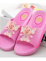 baratos -Para Meninas Sapatos PVC Verão Conforto Chinelos e flip-flops para Vermelho / Azul / Rosa claro