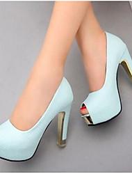 baratos -Mulheres Sapatos Couro Ecológico Verão Conforto Sapatos De Casamento Salto Agulha Branco / Roxo / Azul