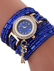 baratos -Xu™ Mulheres senhoras Bracele Relógio Relógio de Pulso Quartzo Criativo Relógio Casual imitação de diamante PU Banda Analógico Heart Shape Fashion Preta / Branco / Azul - Bege Vermelho Azul Um ano