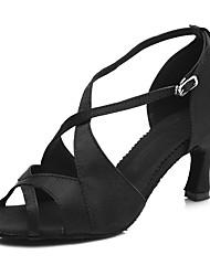 baratos -Mulheres Sapatos de Dança Latina Cetim Sandália / Salto Presilha Salto Alto Magro Personalizável Sapatos de Dança Preto