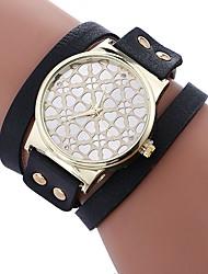 cheap -Xu™ Women's Bracelet Watch / Wrist Watch Chinese Creative / Casual Watch / Adorable PU Band Heart shape / Fashion Black / White / Red / Imitation Diamond / Large Dial / One Year
