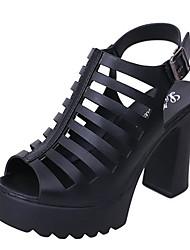 abordables -Femme Chaussures Polyuréthane Eté A Bride Arrière Sandales Talon Bottier Blanc / Noir / Soirée & Evénement