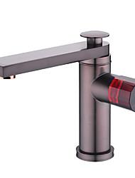 abordables -Baño grifo del fregadero - Separado / Nuevo diseño Bronce Aceitado Montaje en encimera Sola manija Un agujero