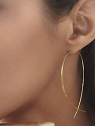 Недорогие -Жен. Серьги-гвоздики - европейский, Простой стиль, Мода Черный / Серебряный / Золотой Назначение Для вечеринок Повседневные