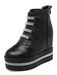 cheap -Women's Shoes PU(Polyurethane) Fall & Winter Fashion Boots / Bootie Boots Wedge Heel Round Toe Booties / Ankle Boots Rhinestone / Sparkling Glitter White / Black