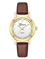 preiswerte -Geneva Damen Armbanduhr Chinesisch Neues Design / Armbanduhren für den Alltag / Cool Leder Band Freizeit / Modisch Schwarz / Braun / Ein Jahr
