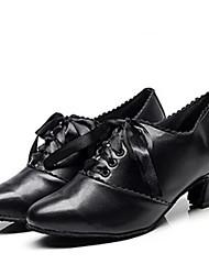 Недорогие -Жен. Обувь для свинга Полиуретан Кроссовки Толстая каблук Танцевальная обувь Черный