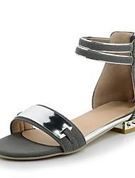 baratos -Mulheres Sapatos Couro Ecológico Primavera Conforto Sandálias Salto Baixo Branco / Preto / Cinzento / Festas & Noite