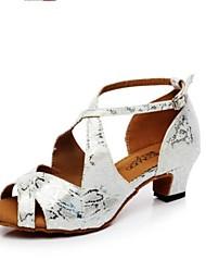 Недорогие -Жен. Обувь для латины Полиуретан На каблуках Тонкий высокий каблук Танцевальная обувь Серебряный