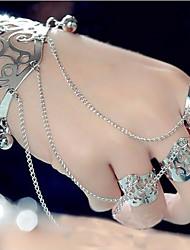 cheap -Women's Stylish / Hollow Out Cuff Bracelet / Ring Bracelet - Crown, Flower Shape Stylish, Vintage, Elegant Bracelet Gold / Silver For Masquerade / Street