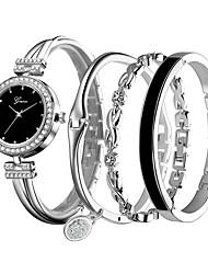 Недорогие -Жен. Часы-браслет Кварцевый Повседневные часы сплав Группа Аналоговый На каждый день Серебристый металл / Роуз - Серебряный Розовое золото / Белый Черный / Розовое золото