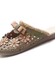baratos -Mulheres Sapatos Couro Ecológico Outono Conforto Tamancos e Mules Sem Salto Ponta Redonda Laço Verde / Castanho Claro