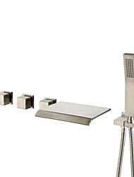 Недорогие -Смеситель для ванны Матовый никель Монтаж на стену Медный клапан