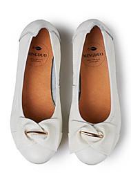 Недорогие -Жен. Обувь Наппа Leather Весна / Лето Удобная обувь На плокой подошве На плоской подошве Закрытый мыс Белый / Черный / Вино