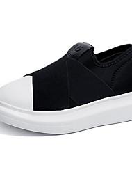 Недорогие -Жен. Комфортная обувь Полиуретан / Эластичная ткань Осень На каждый день Мокасины и Свитер Микропоры Круглый носок Черный / Повседневные