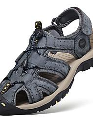 Недорогие -Муж. Комфортная обувь Наппа Leather Лето Сандалии Для плавания Дышащий Черный / Серый / Коричневый