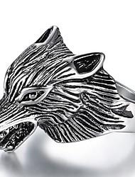 Недорогие -Муж. Кольцо 1шт Серебряный Медь Титановая сталь Панк Для улицы Бижутерия Стильные 3D Волк