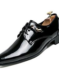 Недорогие -Муж. Комфортная обувь Лакированная кожа Осень На каждый день Туфли на шнуровке Доказательство износа Черный