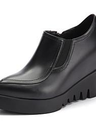 abordables -Femme Chaussures de confort Cuir Nappa Eté Mocassins et Chaussons+D6148 Hauteur de semelle compensée Blanc / Noir