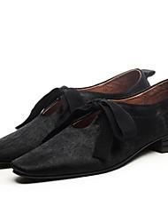 Недорогие -Жен. Комфортная обувь Конский волос Лето На плокой подошве На плоской подошве Белый / Черный