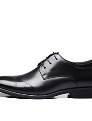 baratos -Homens Sapatos Confortáveis Microfibra Primavera & Outono Oxfords Preto / Marron