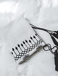 Χαμηλού Κόστους -Καναπές Πέταγμα / Πολύ λειτουργικές κουβέρτες, Ριγέ / Κλασσικά / Μαύρο & Άσπρο Πλεκτό / Βαμβάκι Θερμαντικό Φούντα Μαλακό κουβέρτες