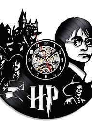 Недорогие -Гарри Поттер Гермиона виниловые настенные часы - украсьте свой дом современным искусством